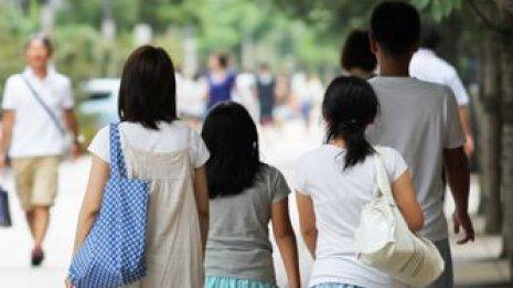 不登校の原因にも 大人とはまるで違う子供の片頭痛サイン
