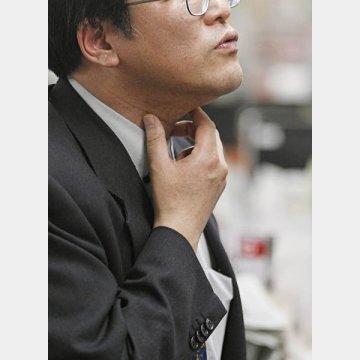 喉の痛みを甘く見てはいけない/(C)日刊ゲンダイ