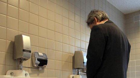 従来法では悪化一途 排尿困難「尿道狭窄症」の画期的治療法