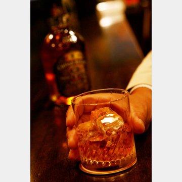 ウイスキーはOK/(C)日刊ゲンダイ