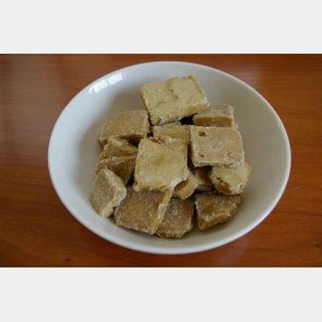 喜界島の紘二郎黒糖
