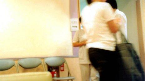 看護師が個室でゆっくり相談に応じる「がん看護外来」とは