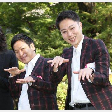 川島章良さん(左)