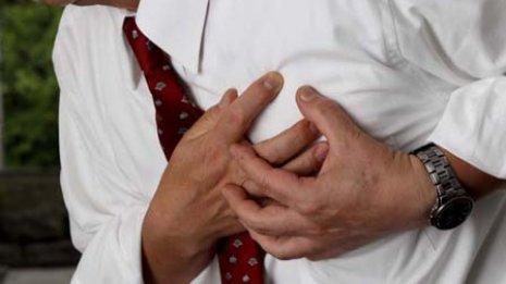 新治療では本体もリードも皮下に植え込む