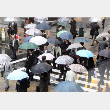 梅雨の時季は自律神経が乱れやすい