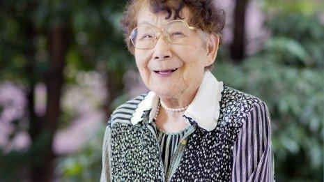 結核、紫斑病乗り越えた 医師・梅木信子さんの長寿の秘訣