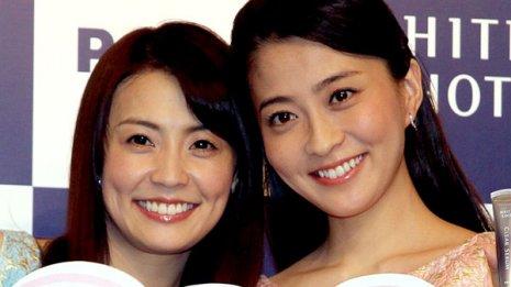 姉の麻耶さん(左)も心配…