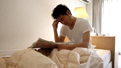 市販の睡眠改善薬の副作用でかえって眠れなくなる?