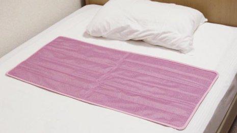 体を冷やし続ける寝具にご用心 睡眠の質低下で体調悪化も