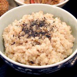 健康のために玄米を食べるべきか