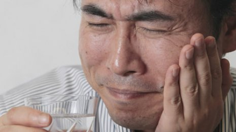 【顎の痛み】親知らずの感染症と三叉神経痛に市販薬は効かない