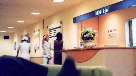 美人は損? 患者に人気のある看護師はいじめに遭うことも