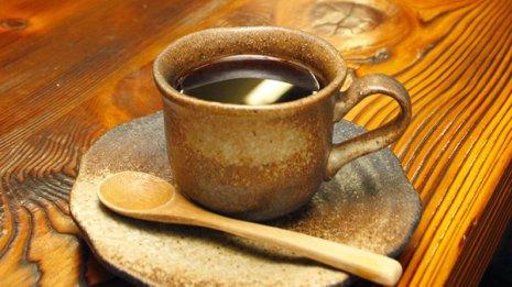 【せき止め】気管支拡張作用も ハチミツ・コーヒーなどが効く
