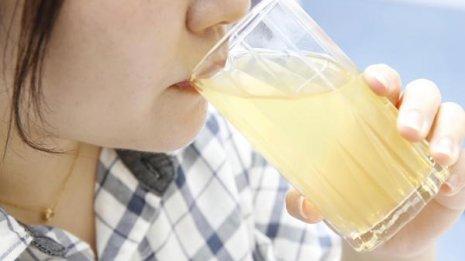 人工甘味料のジュースよりは100%ジュースの方が安心かも