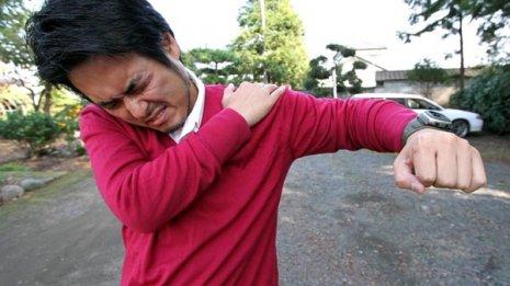 肺がんや心筋梗塞のケースも…「肩痛」には重大病が潜む