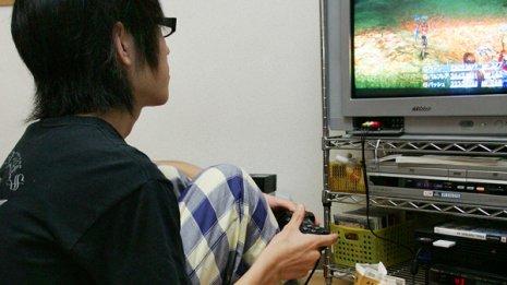 習慣的な「シューティングゲーム」は脳を委縮させる