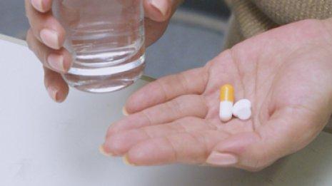必要ない薬を漠然と飲み続けると国民全体に負担がかかる