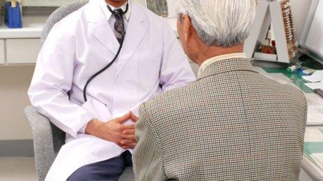 10%が発症する脳転移 ベストの治療順序は定位放射→TKI