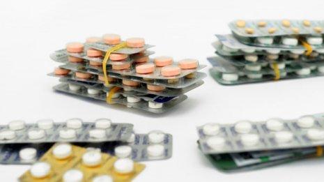 風邪薬を飲み過ぎると肝臓が障害される危険がある