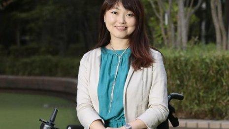 筋ジストロフィーの小澤綾子さん「歌うことが生きる力に」