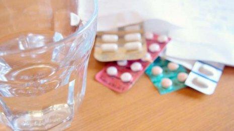 血圧130以上の治療するかは副作用とコストの検討が必要