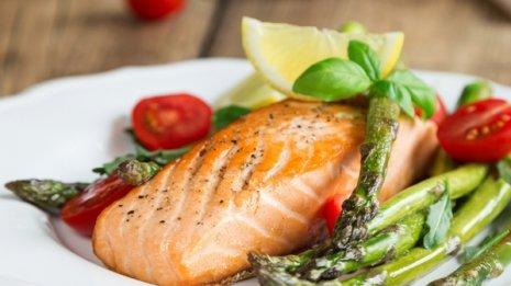 """""""魚は健康にいい""""を裏付け 月1~2回でも大動脈瘤リスク減"""