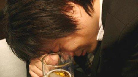 脳がマヒ…記憶を失うまで酔っても家に帰れるのはなぜか?