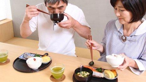 インスリン投与から食事までの30分で低血糖起こし意識障害