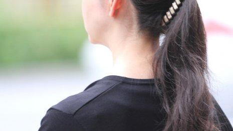 大人のニキビが悩み…痕をきれいに治す方法はあるの?