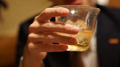 """飲酒の影響を知る""""代名詞""""「γ-GTP」上昇には他の要因も"""
