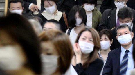 インフルエンザ対策にマスク ファッショナブルと称賛の声も
