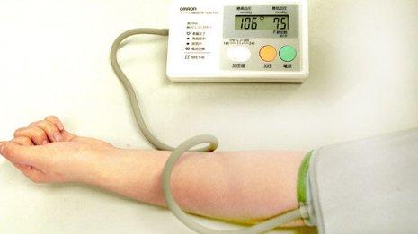 家庭用血圧計は3000万台売れたが…自宅で測らない選択肢も