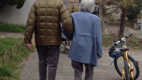 介護のために同居を始めると父親との関係がギクシャクした