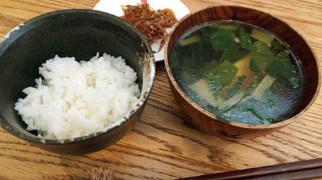 「ヒ素」は米や海藻に多く含まれる