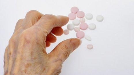 米で注目の研究結果 高齢者の血圧下げ過ぎは認知症を招く