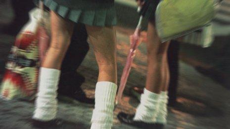 思春期の子供は診察料を惜しんで性病をいくつもためこむ