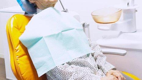 認知症患者の歯科治療はできる時だけ少しずつ進めていく
