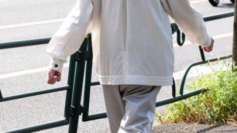 歩行は脳にも効果的 座っているとひらめきは生まれない