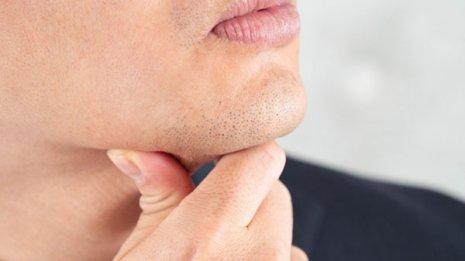 口が開かない、顎が痛い、音がする…受診すべきタイミング