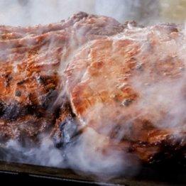 """脂質が""""悪者""""は大きな勘違い 肉を食べてもなぜ太らないのか"""