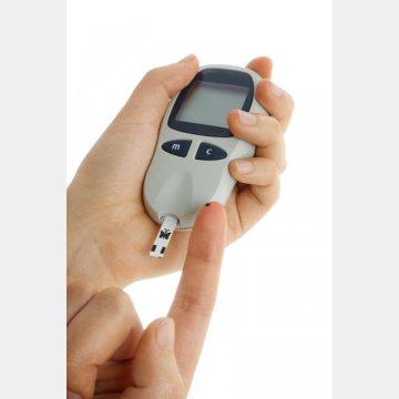 自動血糖測定器でいつでもチェック
