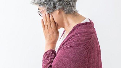 口腔内の炎症が一因…歯周病と認知症は大きく関係している
