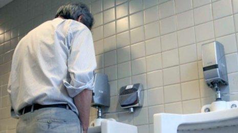 前立腺<上>食後30分以上のウオーキングは夜間頻尿の9割に効く