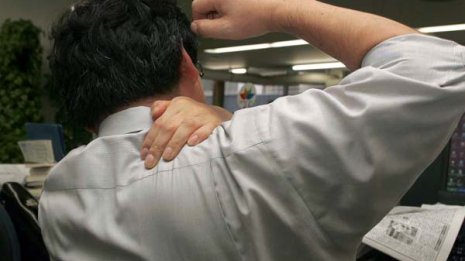 首・肩<下>肩こり改善に必要な肩甲骨チェックと5つの体操