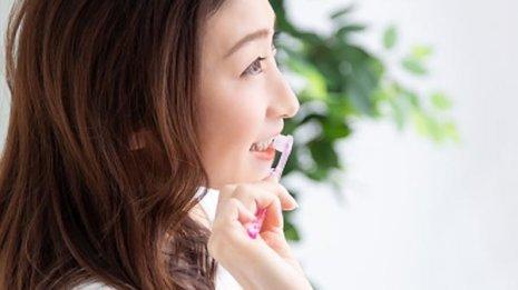 歯茎の黒ずみは「ガムピーリング」で治すことができる