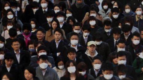 マスク不足はいつ解消? 国産分なら国民1人に月1枚程度