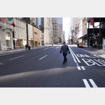 閑散としたニューヨーク5番街