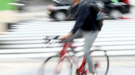 自転車通勤は健康に良いがケガも多い 英国で23万人調査