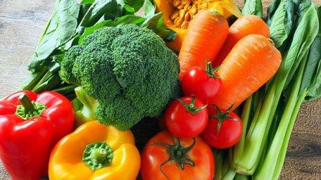 新型コロナは野菜スープで予防 ノーベル化学賞候補が指南