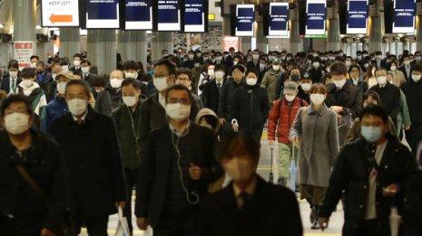 なぜ日本人はコロナに強い? 致死率が欧米より異様に低い